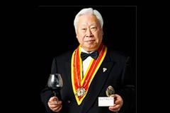 日本ソムリエ協会元会長 熱田貴氏の経営されるレストランにて個展を開催しました。